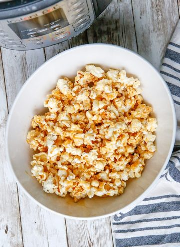 Instant Pot Caramel Popcorn in white bowl
